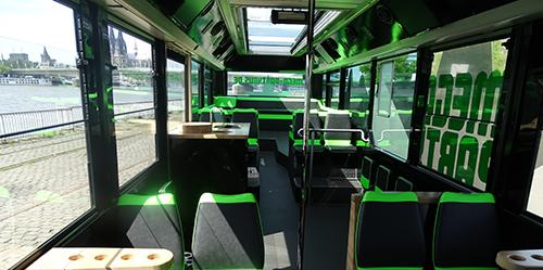 neuer_bus_innen