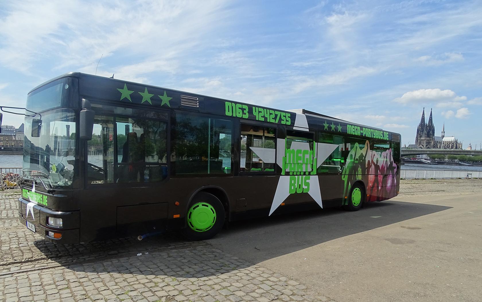 MEGA-Partybus 176