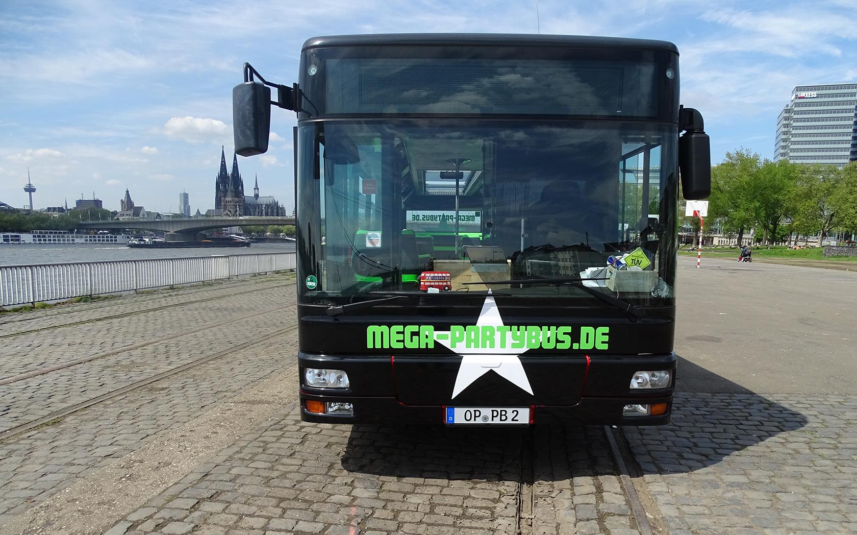 MEGA-Partybus 179